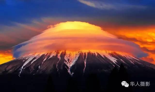 """《富士""""核爆""""云》"""